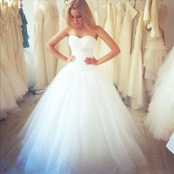 Ball Gown Wedding Dress,White Tulle Wedding Dresses,Long Bridal Gown ...
