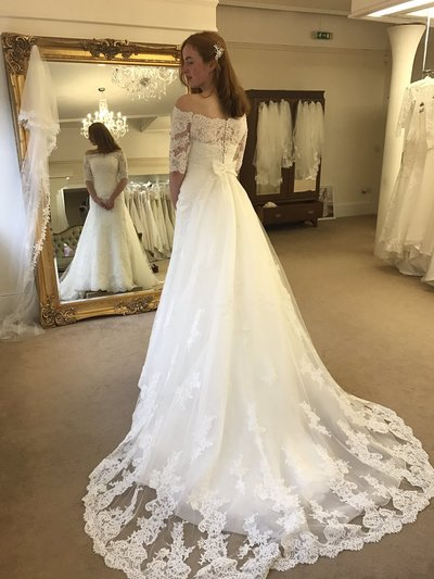 Sexy Wedding Dress,Half Sleeve A Line Lace Wedding Dresses,Lace Wedding Dress,Bridal Dress,Wedding Dress with Half Sleeves