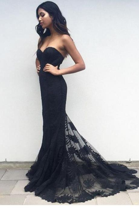 Black Sweetheart Neckline Floor Length Mermaid Evening Dress, Prom Dress with Lace Applique Train